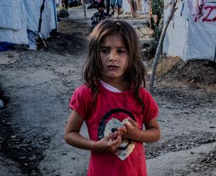 Vluchtelingkind in een van de Griekse kampen