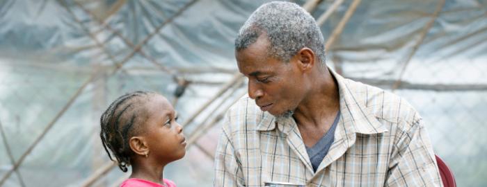 Vluchteling in gesprek over terugkeer naar Ivoorkust