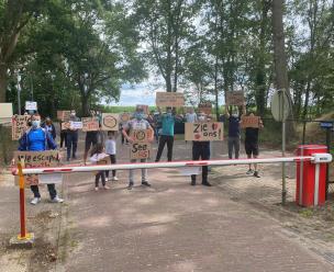 Asielzoekers in azc's demonstreren vanwege de wachttijden en de onduidelijke communicatie van de IND